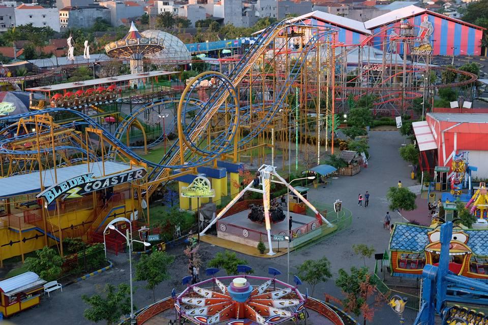 Area Suroboyo Carnival Park