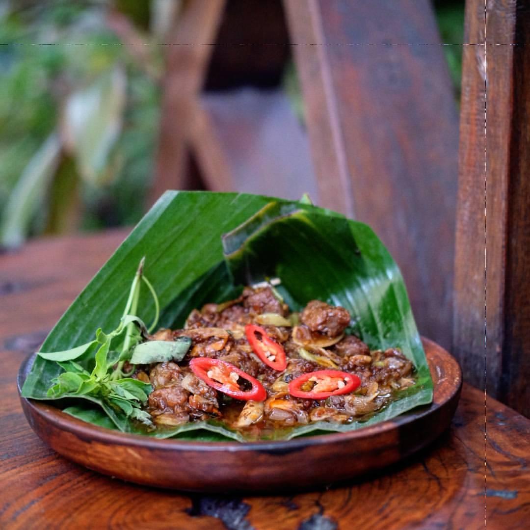 Oseng Daging Mercon Kahyangan Resto
